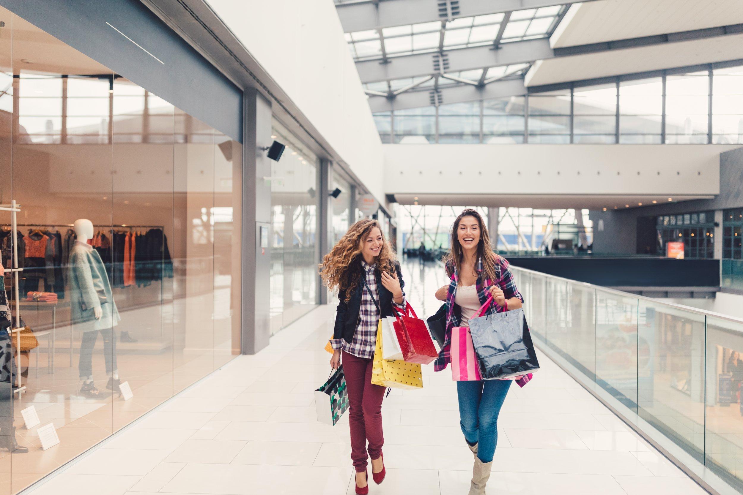 Best friends shopping